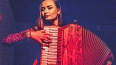 Aileen Sweeney playing accordion